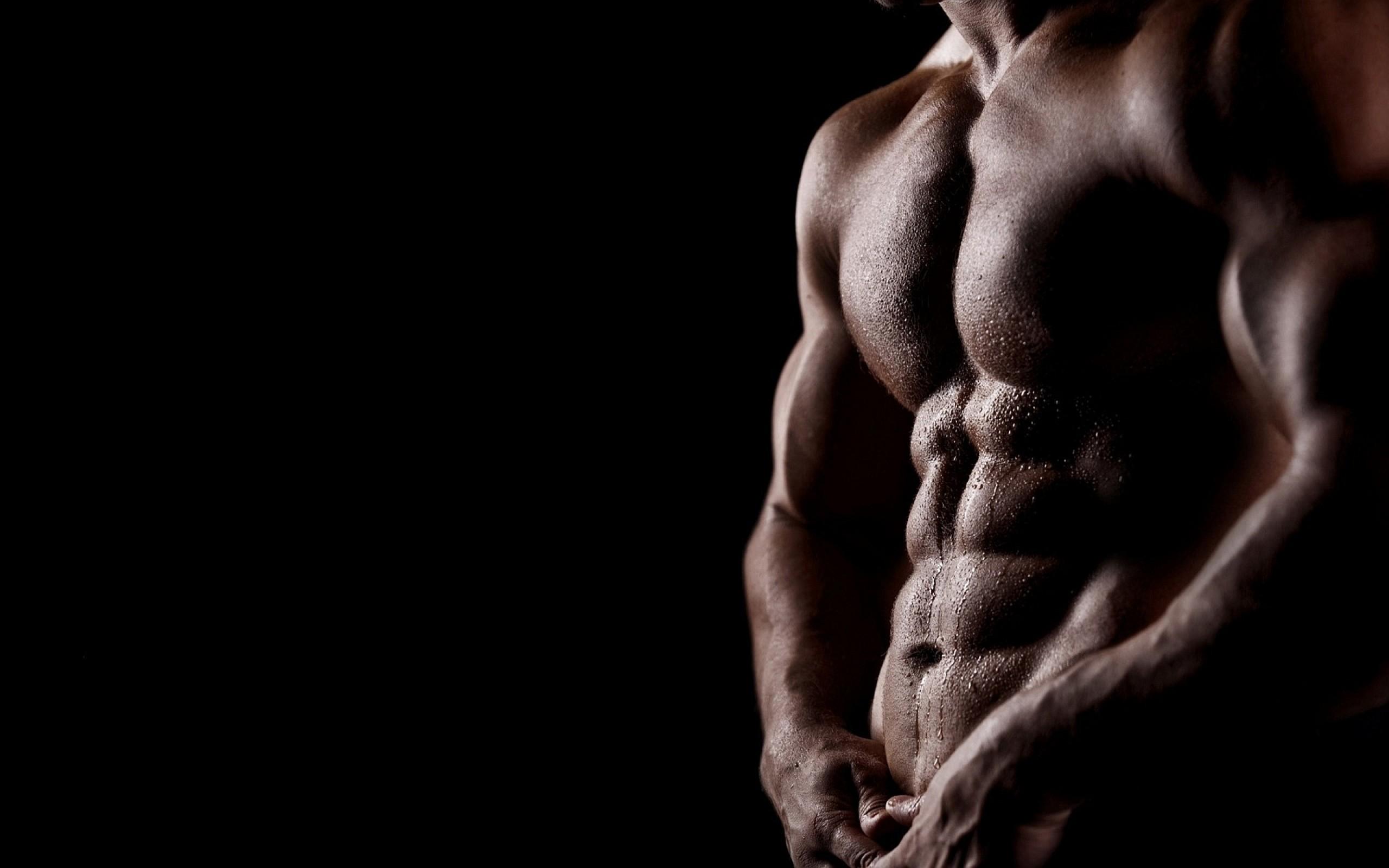 Почему растет грудь у мужчин?