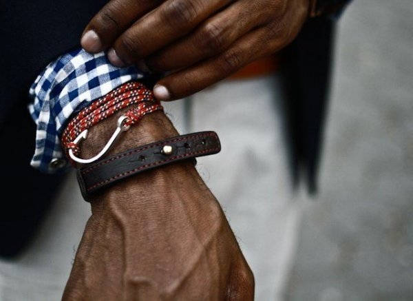 С чем носить браслеты