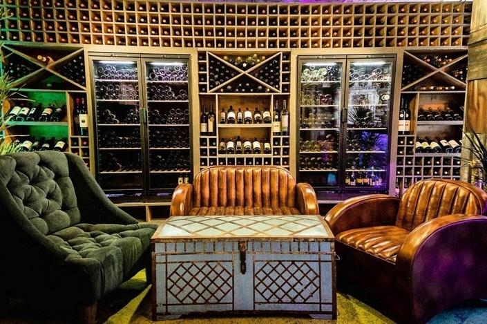 Новое заведение ВиноЛавка Shop&Bar