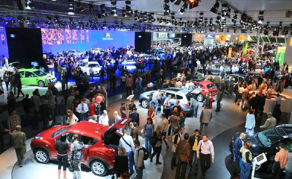 Ведущие автомобильные бренды отказались от участия в автосалоне