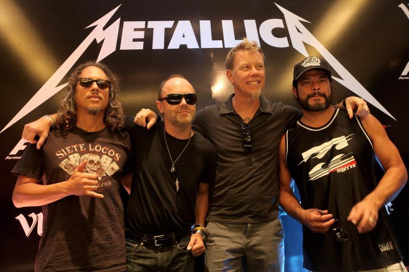 Metallica сыграла кавер на детских инструментах