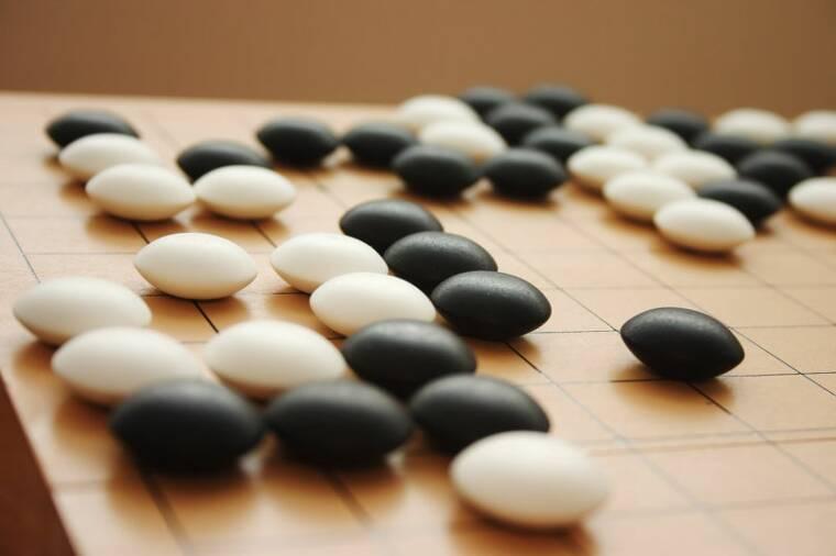 Как японская игра го научит вас 4 основным бизнес- правилам!