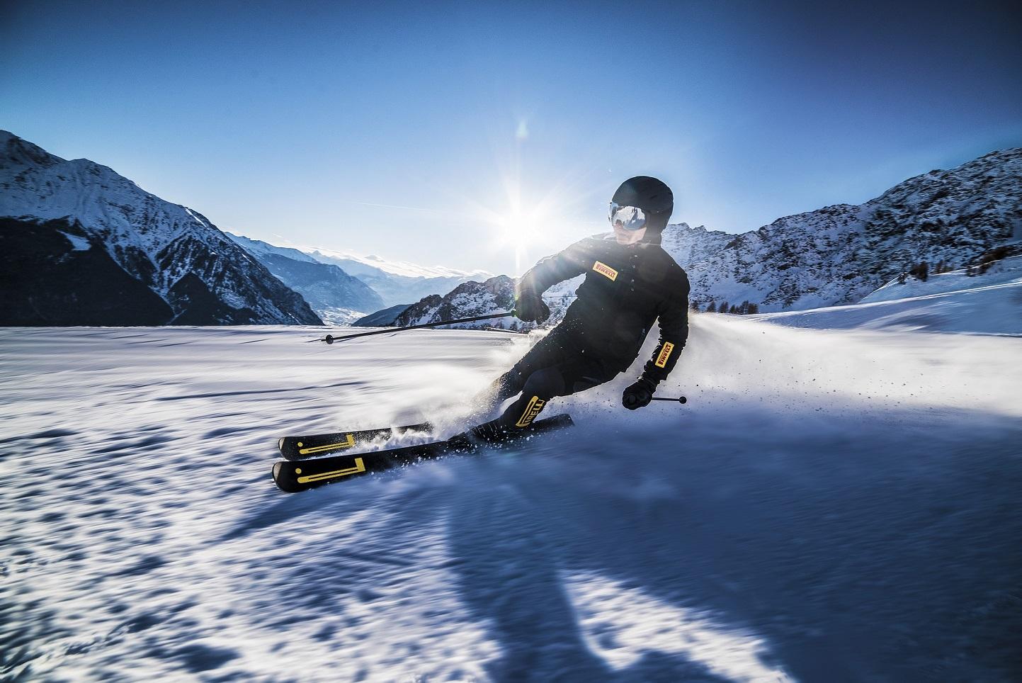 Pirelli Design и компания Blossom представили уникальные горные лыжи